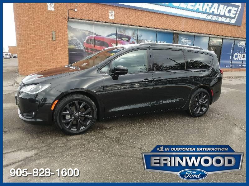 2019 Chrysler Pacifica Main